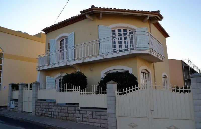 Location de vacances Villa Agde (34300)